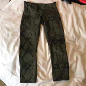 Lululemon snake print cropped leggings